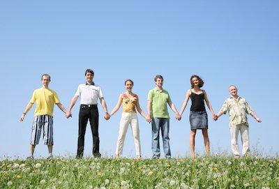 friends chain on grass