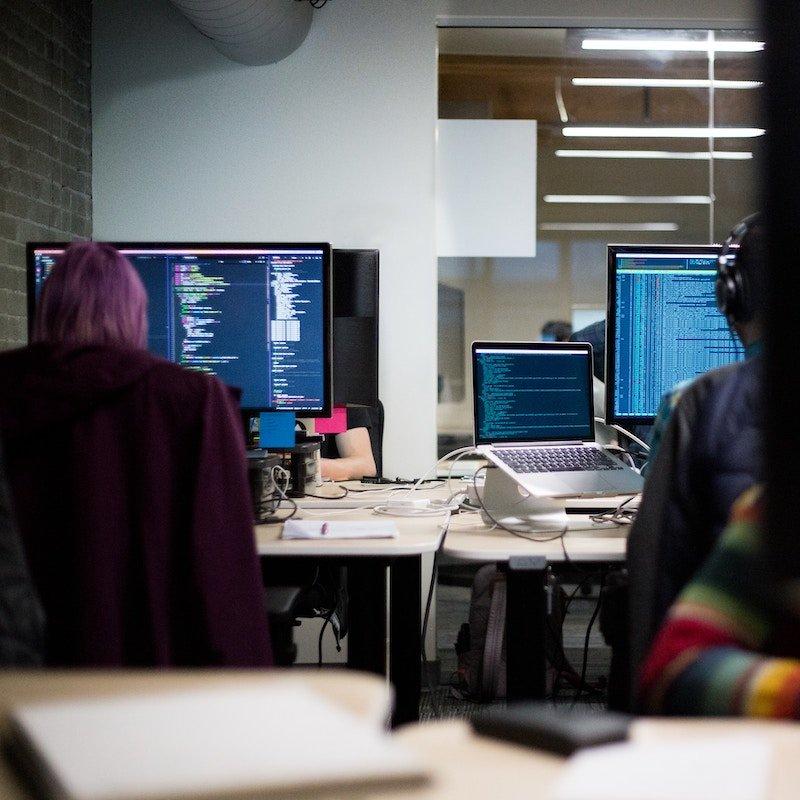 SQUARE Implementation Web Developers 800x800pxl